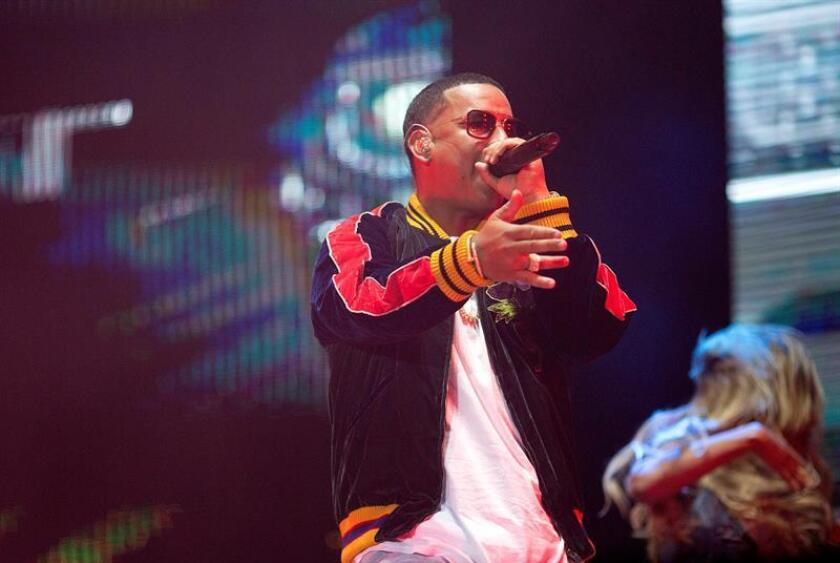 El cantante puertorriqueño Daddy Yankee (c). EFE/Archivo