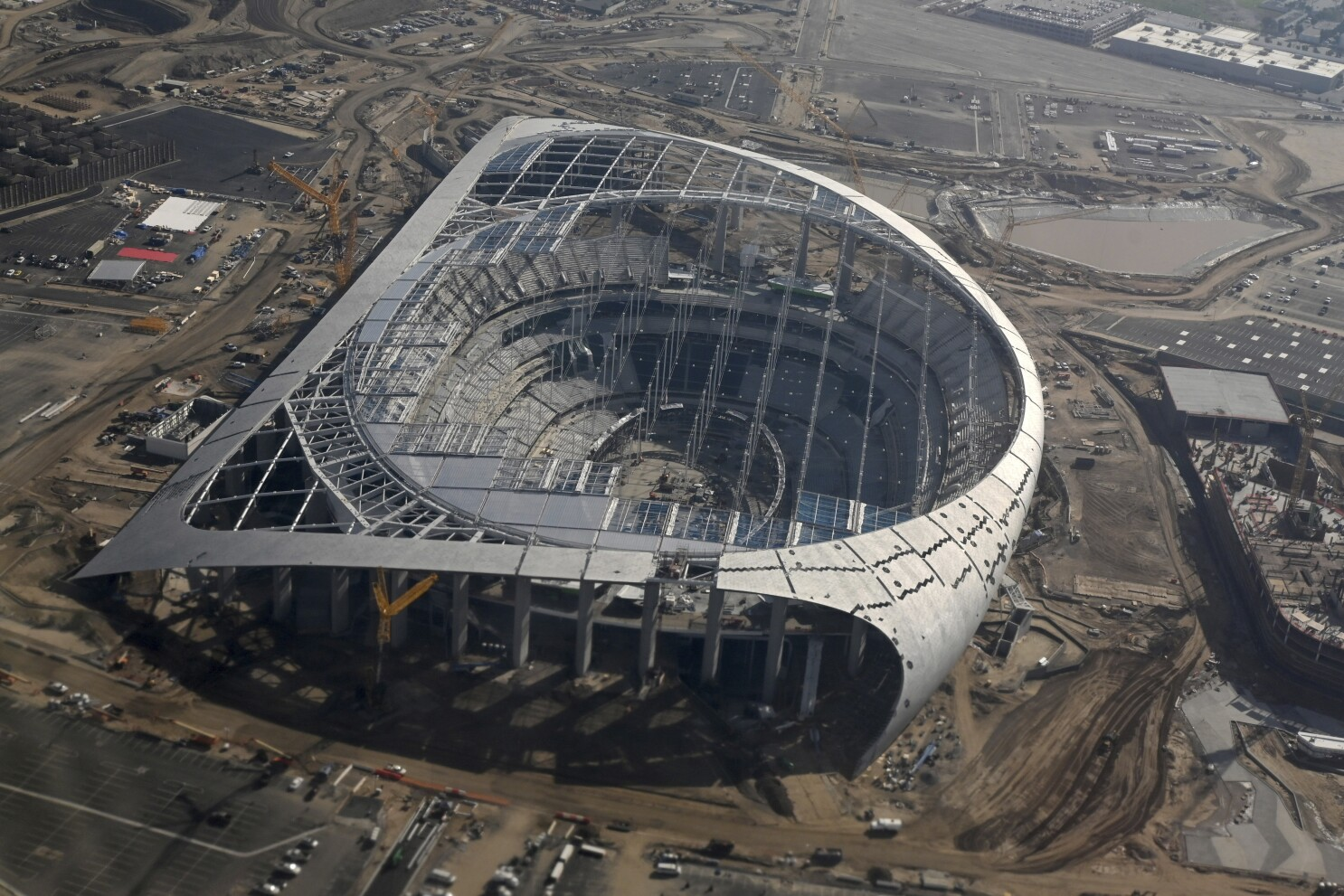 Sofi Stadium Rises To A New Level As Inglewood Readies For Impact Los Angeles Times