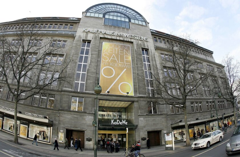 """FILE - This Jan. 27, 2009 file picture shows the KaDeWe (Kaufhaus des Westens) department store in Berlin, Germany. German department store KaDeWe says Sunady Nov. 22, 2015 it's putting eight Israeli wines back on the shelves after the Berlin-based store was accused of conducting a boycott by Israeli Prime Minister Benjamin Netanyahu. The store said that """"as of today the 8 Israeli wines will be back in our assortment"""" and that """"in this matter, which was about a European Union recommendation, we acted too quickly and insensitively."""" (AP Photo/Michael Sohn, file)"""