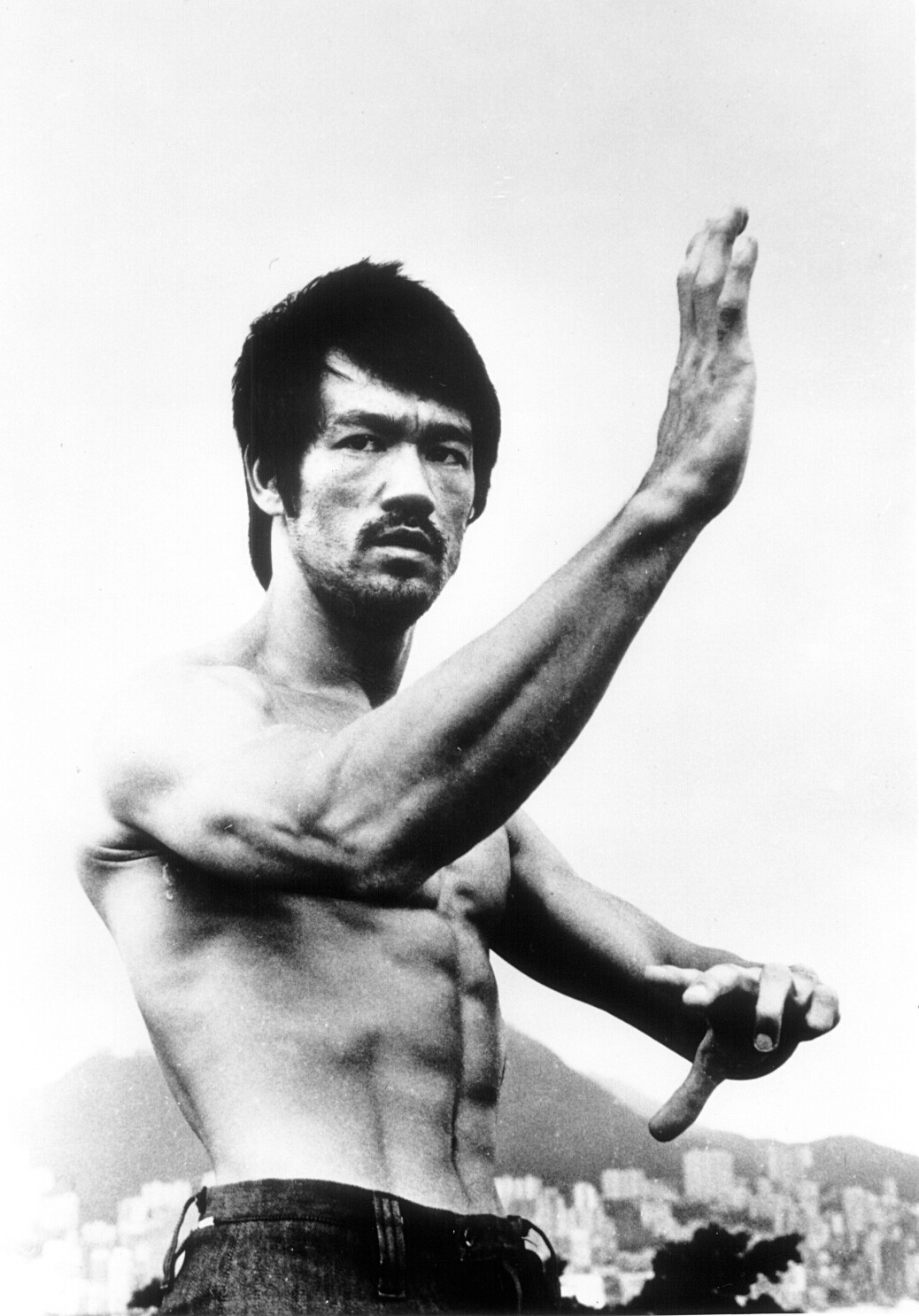Be Water' doc reveals Bruce Lee as the man behind the legend - Los ...