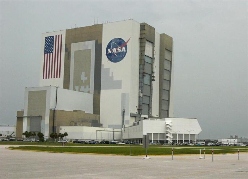 Expertos de las Academias Nacionales de Ciencias, Ingeniería y Medicina de EE.UU. (NASEM, en sus siglas en inglés) instaron hoy a la NASA a ampliar la búsqueda de vida en el espacio y abogaron por hacer de la astrobiología una parte integral de las misiones de la agencia espacial. EFE/Archivo