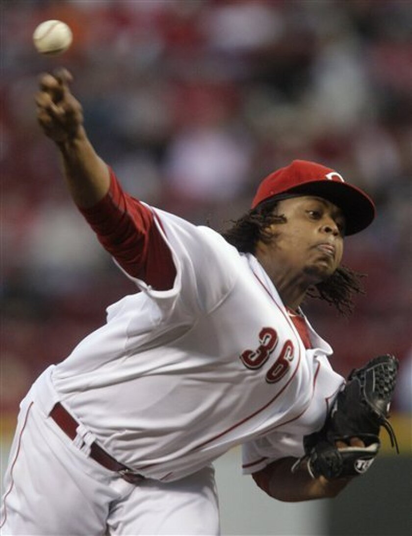 Cincinnati Reds starting pitcher Edinson Volquez throws against the Houston Astros in the first inning of a baseball game Tuesday, Sept. 28, 2010, in Cincinnati. (AP Photo/Al Behrman)