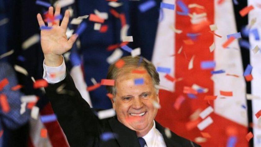 El demócrata Doug Jones arrebató este martes al Partido Republicano un escaño de Alabama en el Senado, tradicional bastión conservador del sur de Estados Unidos.