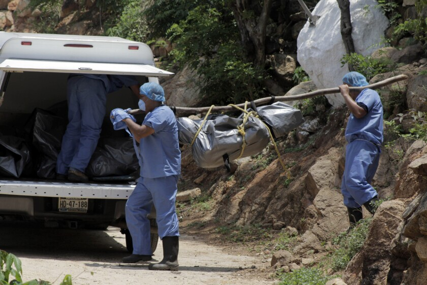 El estado de Guerrero ha sido escenario de muchas desapariciones en los últimos años, incluyendo 43 estudiantes de una escuela rural que, según el gobierno, fueron asesinados e incinerados por un cartel de la droga con la complicidad de las autoridades locales en septiembre.