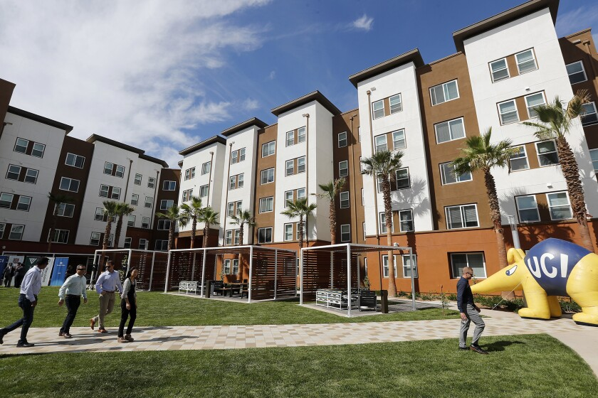 UC Irvine shows off new Plaza Verde, its 'greenest' student housing