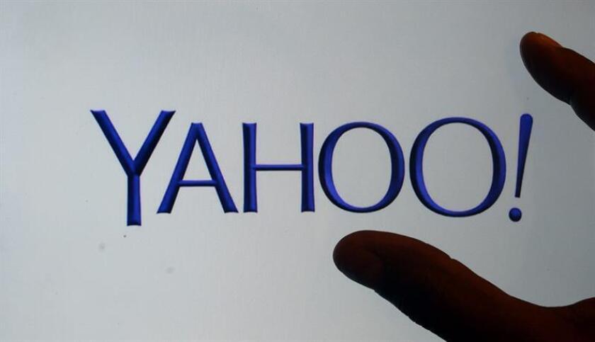 El presente y futuro de Yahoo aparecen entre oscuros interrogantes tras conocerse ayer una nueva y masiva filtración de información de sus usuarios, un grave suceso que podría afectar a la oferta que Verizon puso sobre la mesa para adquirir la firma de la ciudad californiana de Sunnyvale. EFE/ARCHIVO