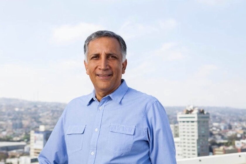Hector Osuna Jaime, a former Tijuana mayor who resigned last year from Mexico's National Action Party, is considering running for office as an independent candidate.
