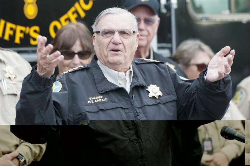 El alguacil del Condado de Maricopa, Joe Arpaio, enfrenta hoy una nueva demanda por prácticas de perfil racial debido a la cooperación existente entre su departamento y la Oficina de Inmigración y Aduanas (ICE) en una de sus cárceles. EFE/ARCHIVO