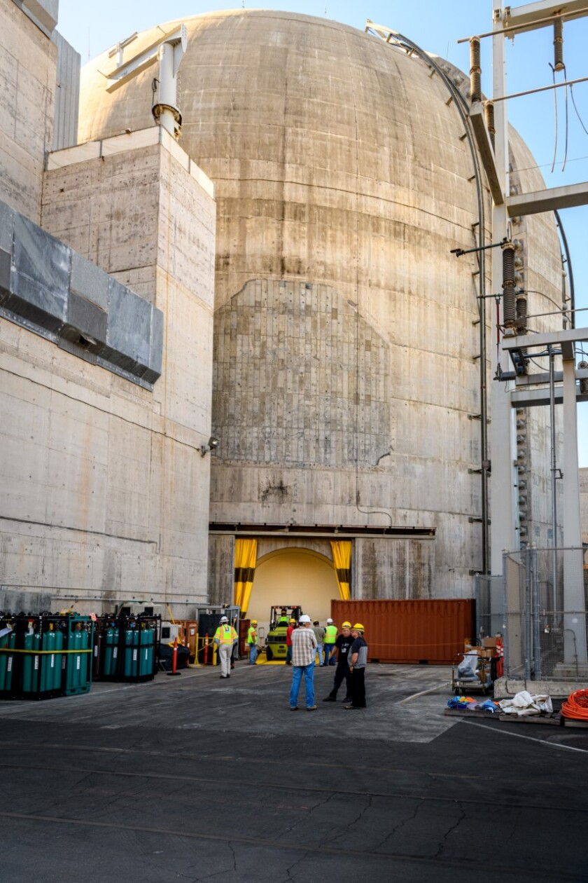Pre-dismantlement work at San Onofre nuclear power plant