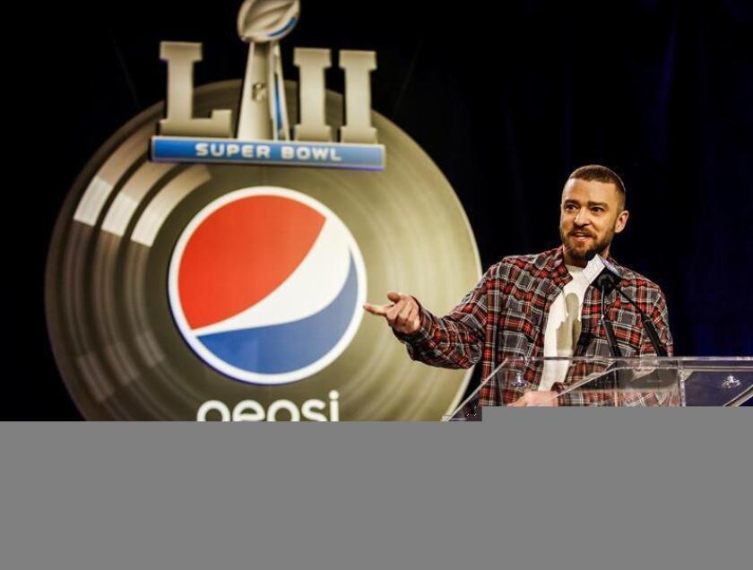 El cantante estadounidense Justin Timberlake ofrece una rueda de prensa con motivo de su actuación en el descanso de la final de fútbol americano del Superbowl en Minneapolis, Minnesota (Estados Unidos) hoy, 1 de febrero de 2018. EFE