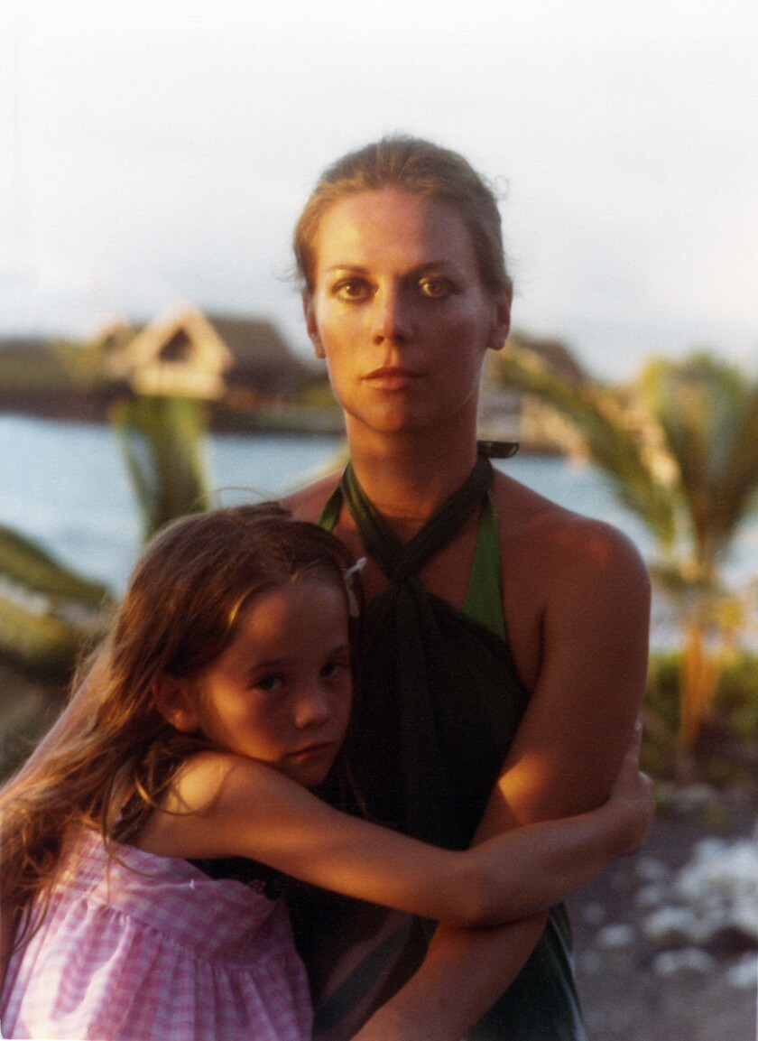 Natasha Gregson Wagner as a child with her mother, Natalie Wood, in Hawaii, 1978.