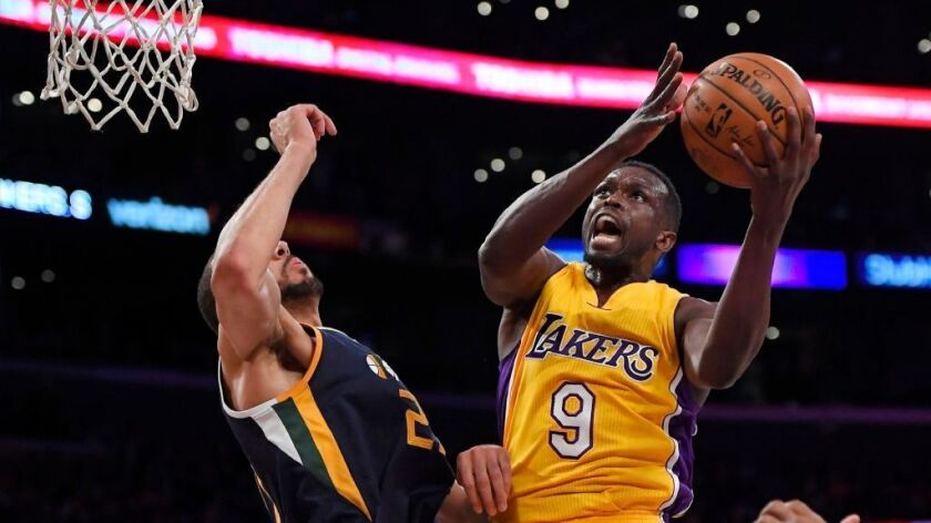 Lakers' Luol Deng shares his refugee experience in wake of Trump travel ban