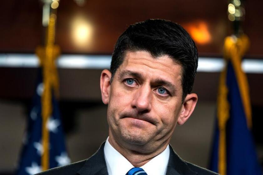 El presidente de la Cámara de Representantes de EE.UU., el republicano Paul Ryan, ofrece una rueda de prensa en el Capitolio, en Washington DC. EFE/Archivo