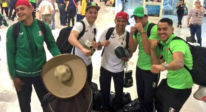 Parte del equipo mexicano de boxeo rumbo a Río 2016.