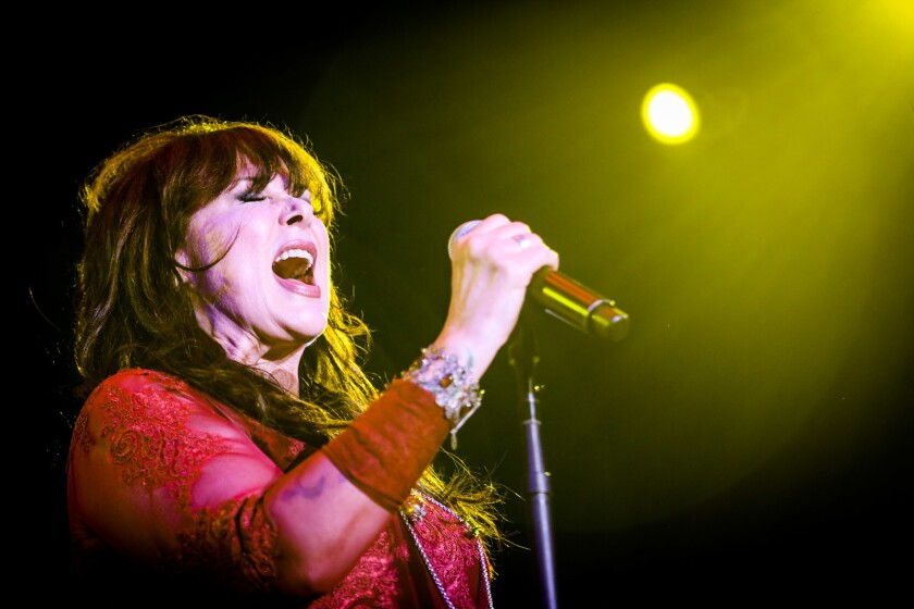 Ann Wilson, vocalista de Heart, demostró que pese al paso del tiempo sigue teniendo una de las mejores voces del rock.