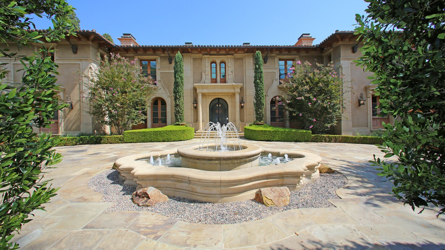 Hot Property | $36 million sale in Beverly Hills