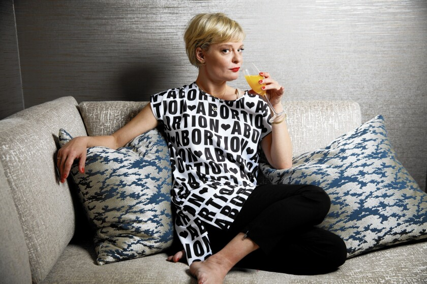 Martha Plimpton builds her comedy rep in 'The Real O'Neals,' but not everyone's laughing