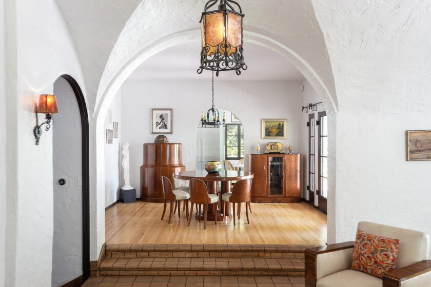 The Lloyd Wright-designed Calori House in Glendale has sold for $1.575 million.
