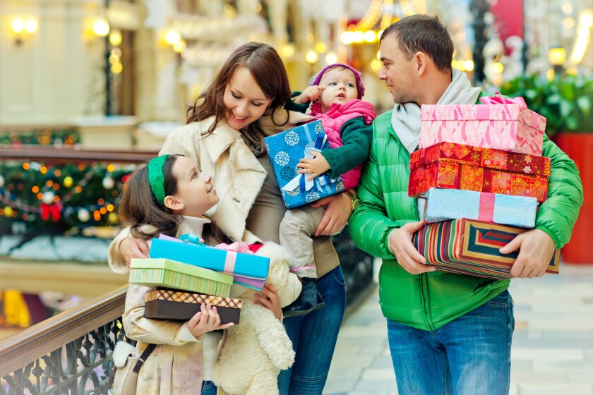 Consumers say they'll spend an average $1,047.83 this holiday season, up 4% from the $1,007.24 they said they'd be shelling out last year at this time, according to the National Retail Federation.