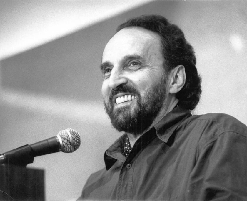 Leon Whiteson dies at 82; architect, critic and novelist