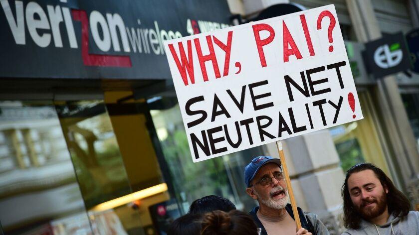 US-FCC-PROTEST-COMMUNICATIONS