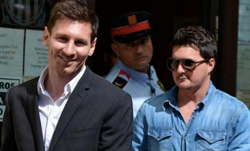 Lionel Messi (i) y su hermano Matías.
