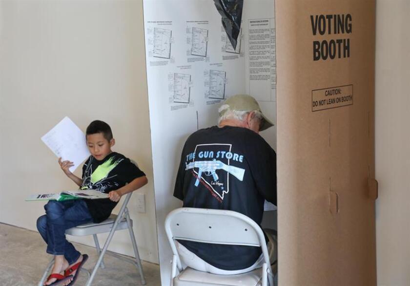 Muchas organizaciones a través de EE.UU. realizaron grandes esfuerzos para registrar el mayor número de votantes para los comicios de mañana y varias se centraron en la comunidad puertorriqueña, sobre todo en Nueva York, desplazada a varios estados tras el huracán María que destrozó su país en 2017. EFE/ARCHIVO