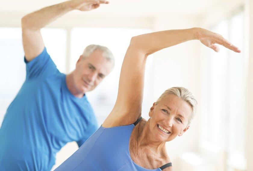seniors_exercising