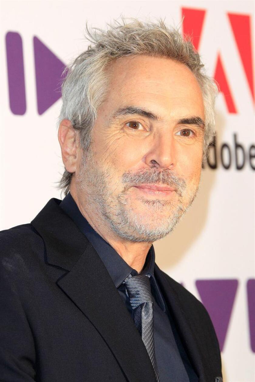 El director mexicano Alfonso Cuaron, a su llegada a la 69 edición de los premios ACE, en Beverly Hills, California, el pasado viernes. EFE