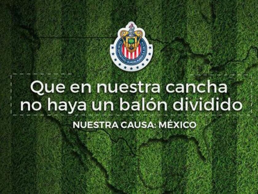 La foto que Chivas compartió en sus redes sociales ante el polémico muro de Trump.