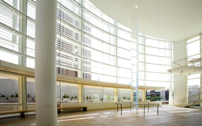 Interior photo of the new federal courthouse building in downtown San Diego.  This angle shows the new lobby entrance.