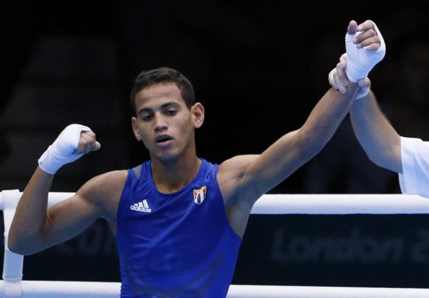 El doble campeón olímpico Robeisy Ramírez, uno de los mejores deportistas de Cuba en este siglo, abandonó en las últimas horas la selección de boxeo de su país que se entrena en Aguascalientes, centro de México. EFE/Archivo