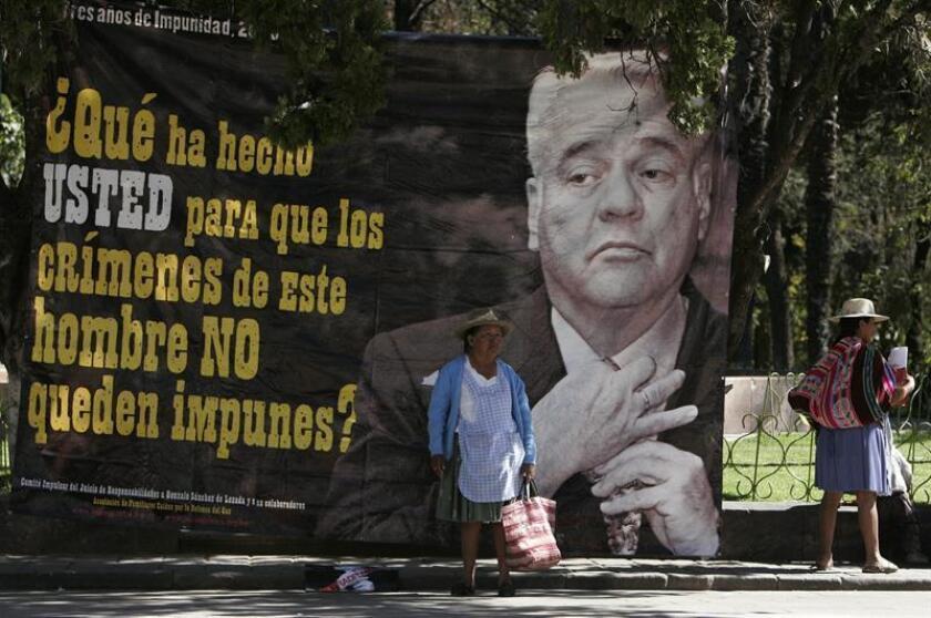 El juicio que se realizará a partir de marzo en Florida contra el expresidente boliviano Gonzalo Sánchez de Lozada por la muerte de más de cincuenta civiles en 2003 resarcirá a los aymaras, señaló hoy una de las abogadas de los demandantes. EFE/ARCHIVO