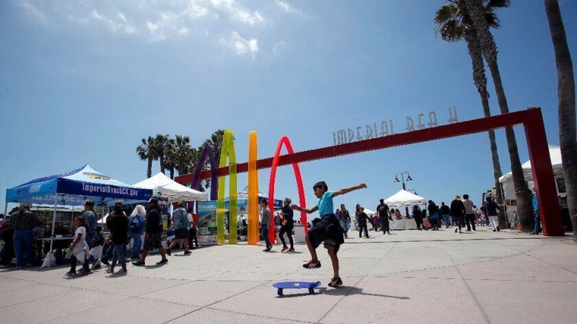 Imperial Beach hosted the first-ever Fiesta del Mar, a cross-border celebration of friendship between the cities of Imperial Beach and Rosarito, Mexico took place at Imperial Beach Pier Plaza.