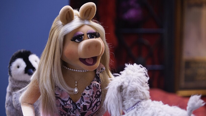 """Miss Piggy in the season finale of """"The Muppets"""" on ABC."""