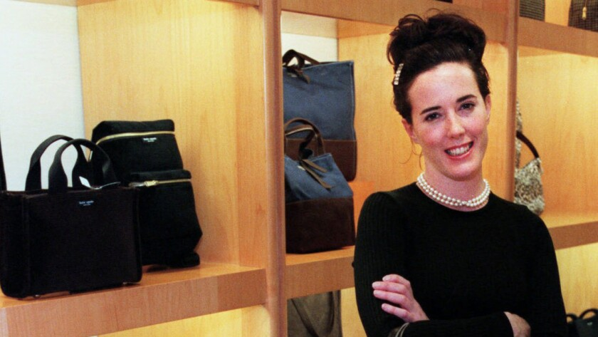 Kate Spade Whose Handbags Were Essential Accessories For Urban Women Dies At 55 Los Angeles Times