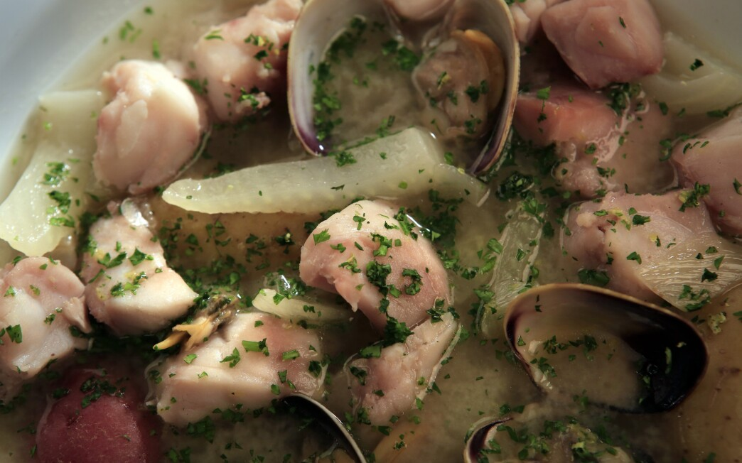 Rockfish soup with fennel and potatoes