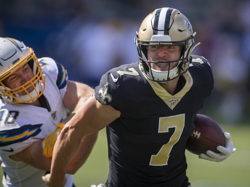 finest selection dd4dc cb381 Saints' Taysom Hill is a do-it-all quarterback - Los Angeles ...