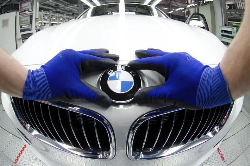 BMW Estados Unidos exportó el año pasado 272.346 unidades de los modelos de todocaminos BMW X, con un valor de 8.760 millones de dólares, lo que le convirtió en el principal exportador del sector en el país, aseguró hoy el fabricante. EFE/Archivo
