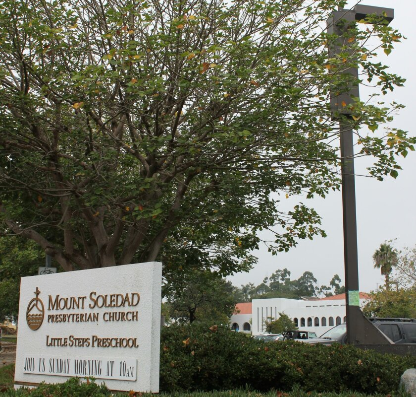 By a unanimous vote, the proposal for larger wireless service antennas on Mount Soledad Presbyterian Church's property now goes to the La Jolla Community Planning Association for consideration.