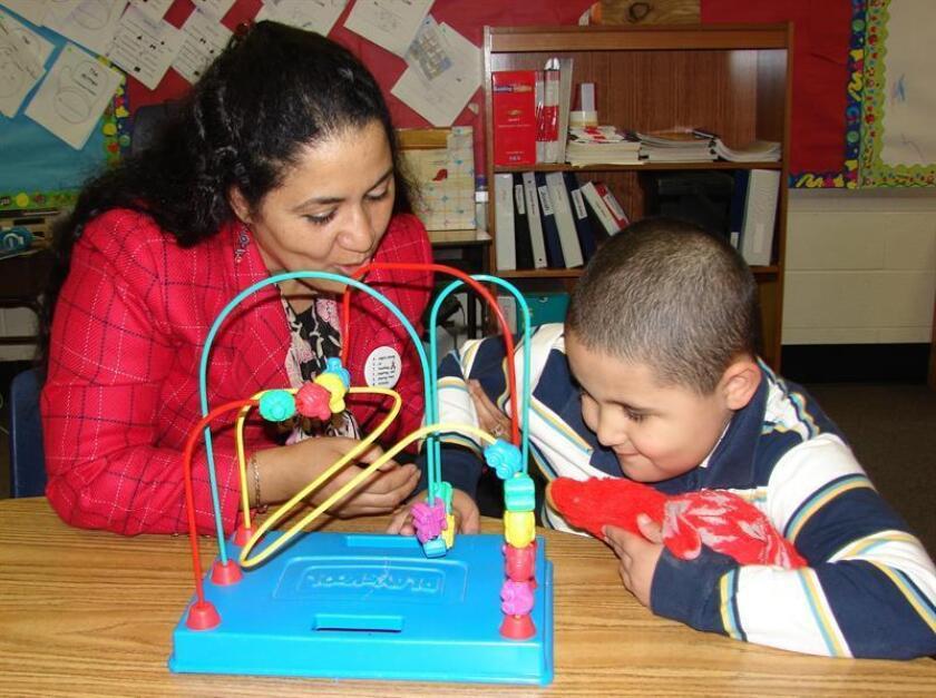La prevalencia del autismo infantil en Estados Unidos llegó a su máximo nivel, el 1,7 %, cerca de 1 de cada 59 menores en 2014, divulgaron hoy los Centros de Control y Prevención de Enfermedades (CDC) del país. EFE/Archivo
