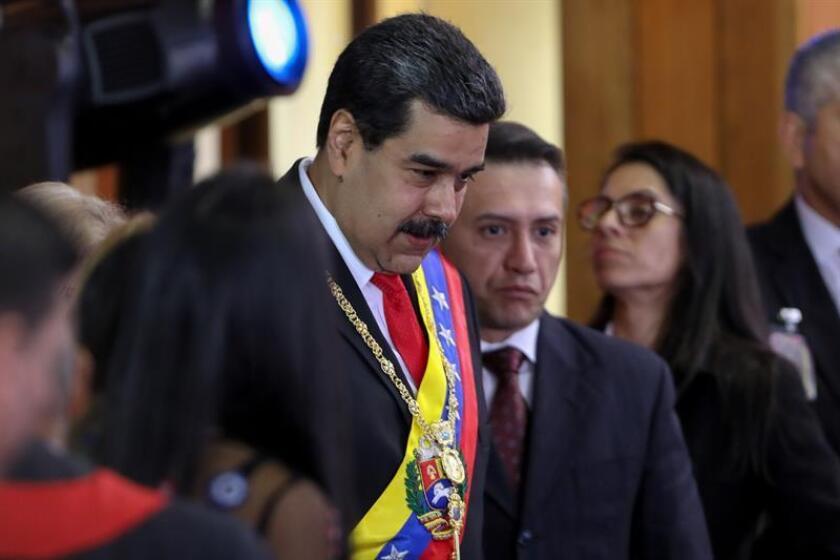 El presidente de Venezuela, Nicolás Maduro (c), llega a la ceremonia de apertura al año judicial, en Caracas (Venezuela), el 24 de enero de 2019. EFE/Archivo