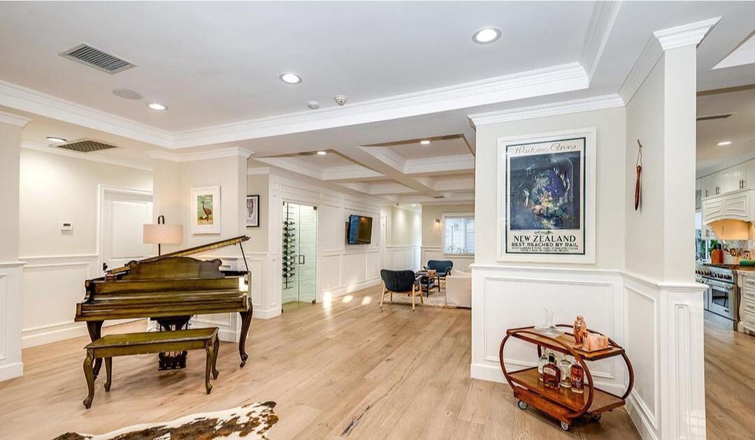 Rhys Darby's Studio City estate
