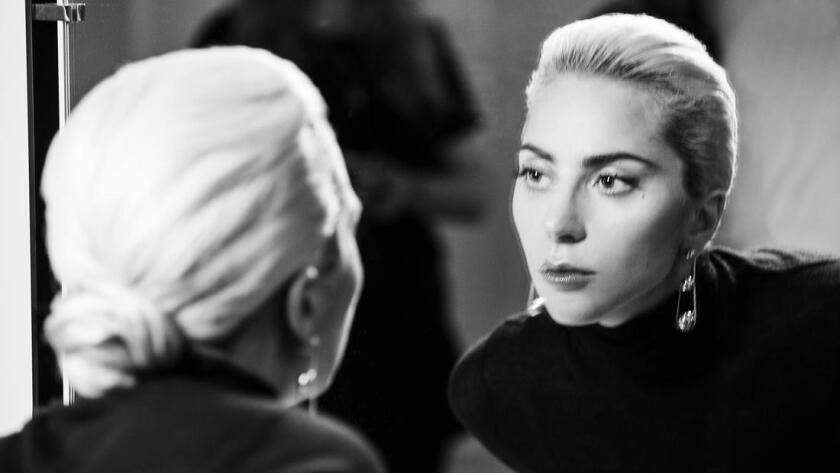 Lady Gaga para Tiffany & Co HardWear.