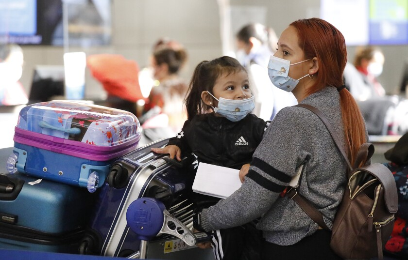 Californians ordered to wear COVID-19 masks outside - Los Angeles Times
