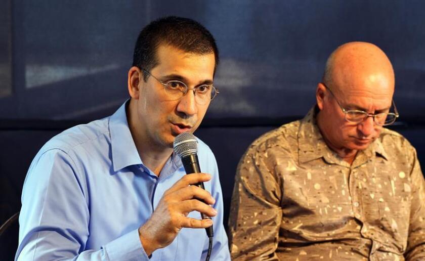 """El opositor cubano Antonio Rodiles aseguró que """"no es iluso"""" cambiar de raíz el castrismo con el actual contexto político regional, e hizo un llamado a reorientar el deshielo entre Estados Unidos y Cuba para que """"responda a los intereses del pueblo y no del régimen"""". EFE/ARCHIVO"""