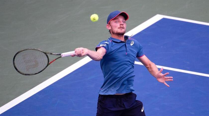 David Goffin de Bélgica devuelve ante Marin Cilic de Croacia hoy, lunes 3 de septiembre de 2018, durante un partido en el octavo día del Abierto de Tenis de Estados Unidos en el Centro Nacional de Tenis USTA en Flushing Meadows en Nueva York (EE.UU.). EFE