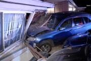 Minivan crashes into La Mesa home; homeowner says 'might as well laugh'