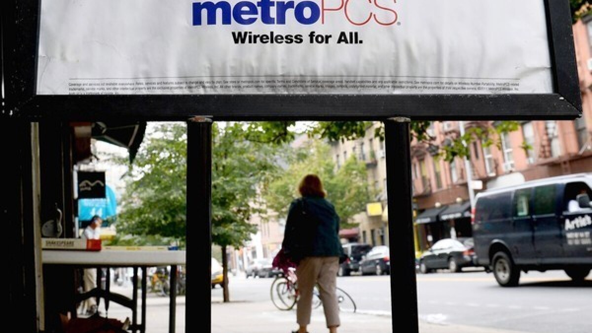 MetroPCS gouges customers with $3 fee to pay bill in store