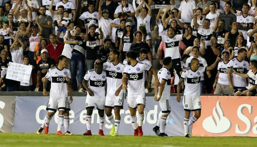 La racha de victorias del 'Decano' se vio interrumpida por el empate 2-2 con Cerro Porteño en la sexta jornada. EFE/Archivo